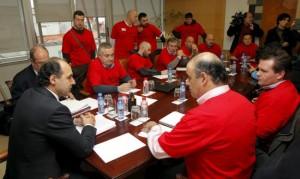 Comité de Sniace en el Gobierno cántabro.
