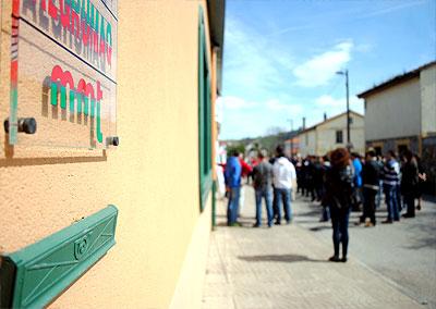 22-03-13-Los-trabajadores-de-MMT-esperan-que-los-pagares-de-Sniace