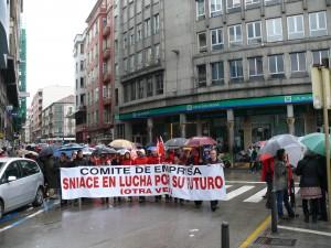 Cabecera de trabajadores de Sniace en el 1º de mayo.