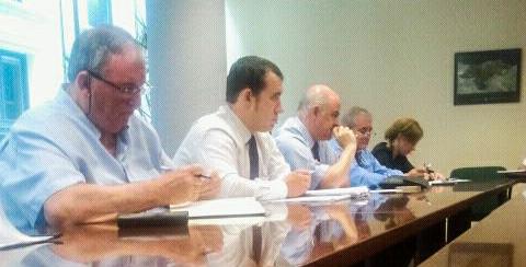 En la reunión de hoy estuvieron presentes el presidente Blas Mezquita y el consejero Miguel Gómez de Liaño