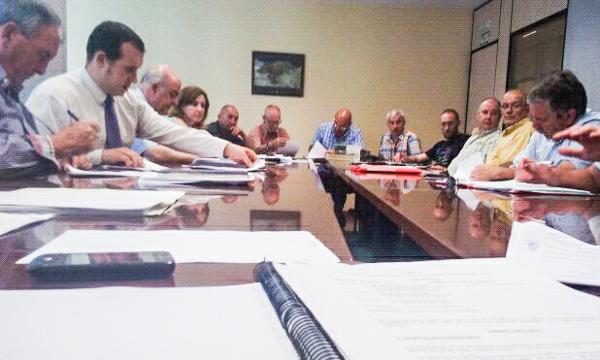 Imagen de la reunión celebrada hoy viernes en la sede del ORECLA en Santander.